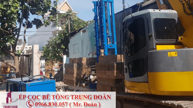 Ép cọc bê tông xã Bình Hòa Nam huyện Đức Huệ