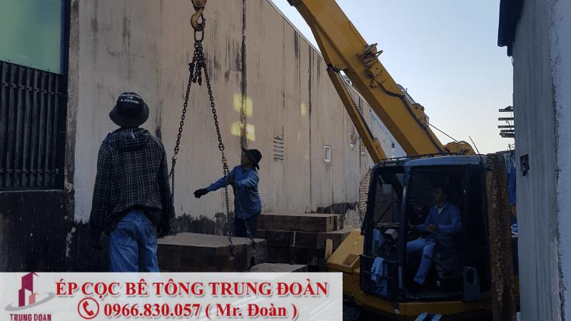 Ép cọc bê tông thị trấn Đông thành huyện Đức Huệ